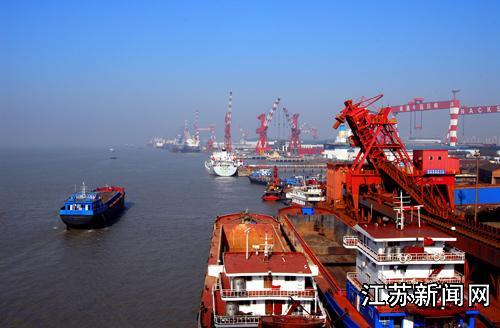 南通港外贸货物吞吐量突破三千万吨